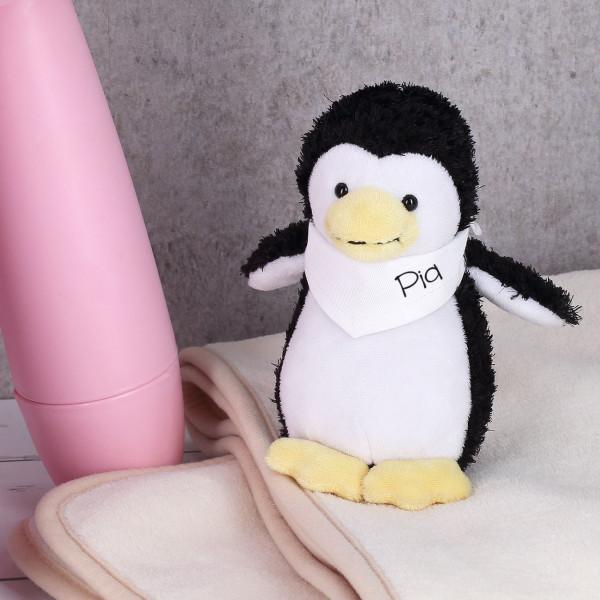 Niedlicher Pinguin mit personalisierten Halstuch