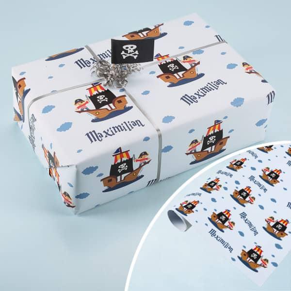 Piraten-Geschenkpapier mit Ihrem Wunschnamen