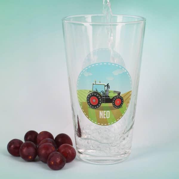 Trinkglas mit Traktor und Name