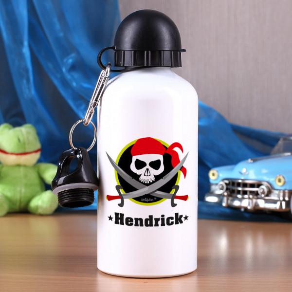 Trinklasche für kleine Piraten mit Name