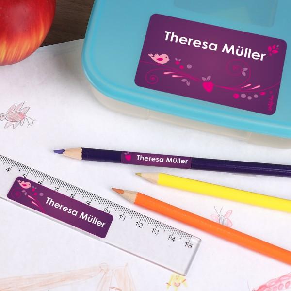 Schulaufkleber in violett mit Wunschname