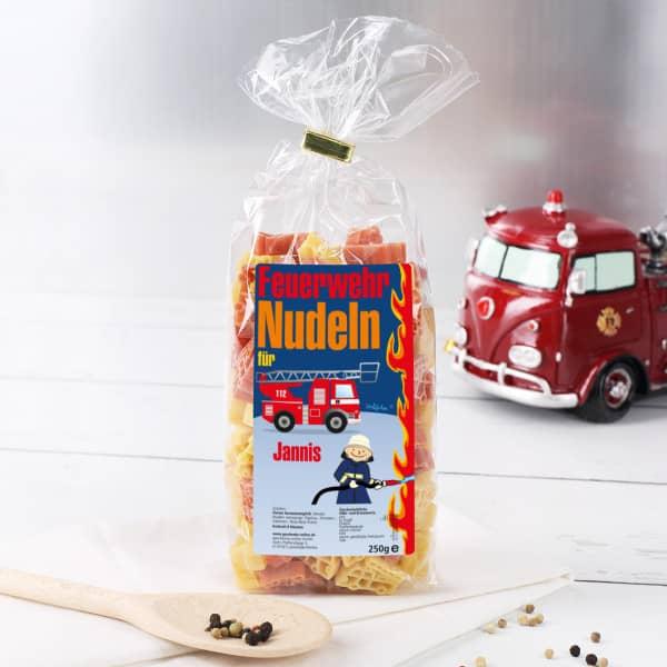 Feuerwehrauto Nudeln für Kinder mit Wunschname