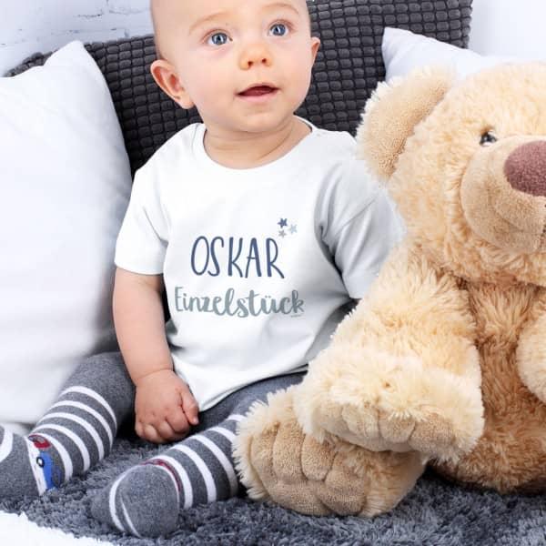 Weißes Babyshirt Einzelstück