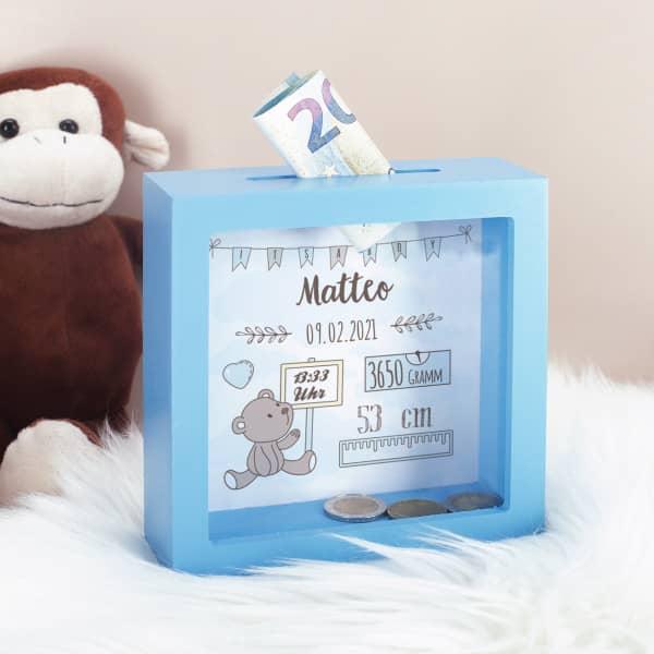 Hellblaue Bilderrahmenspardose zur Geburt mit Teddymotiv für Jungen