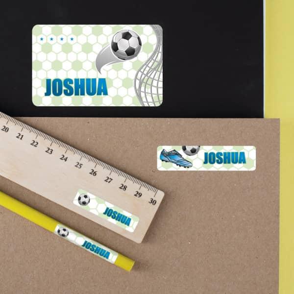 Schulaufkleber mit Fußball-Motiv und Name (100 Stück)