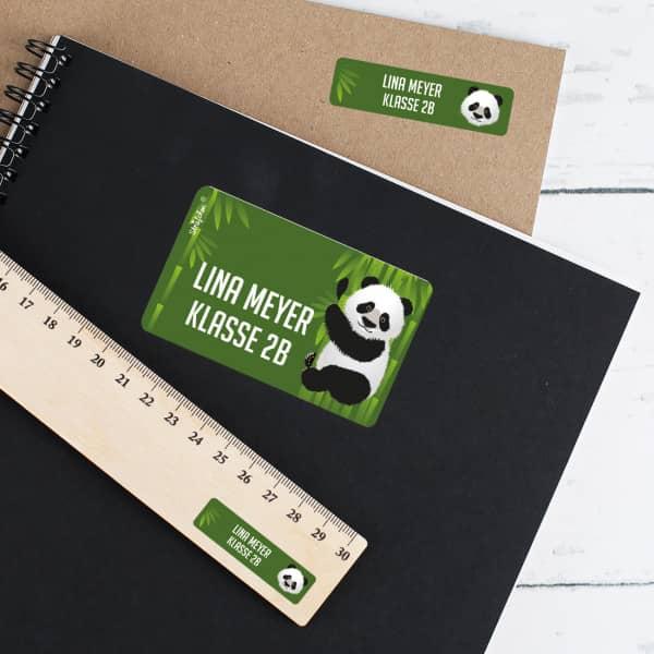 Schulaufkleber mit Panda und Name