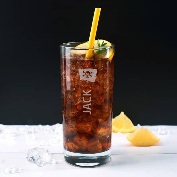 Trinkglas für Piraten mit Namensgravur