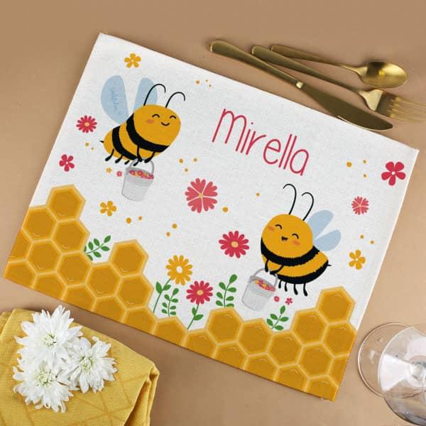 Bienchen Platzdeckchen mit Wunschname bedruckt