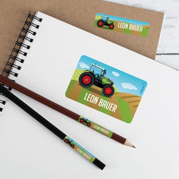Schulaufkleber mit Traktor