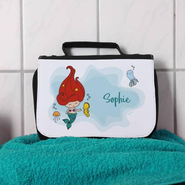 Waschtasche mit kleiner Meerjungfrau
