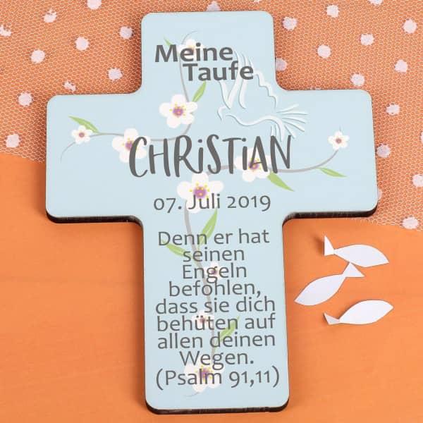 Taufkreuz für Jungen und Mädchen in hellblau mit Blumenranke, Datum, Name und Wunschtext