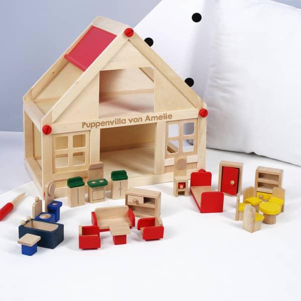 Persönliches Puppenhaus aus Holz