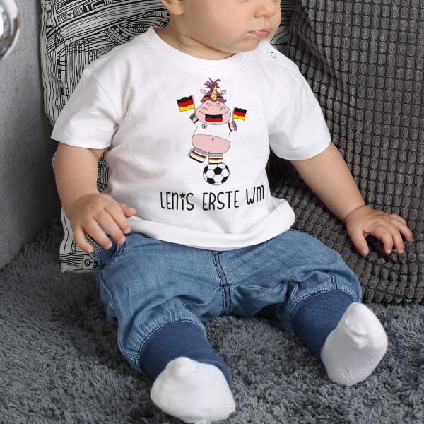 Baby T-Shirt mit WM-Knuddelhorn und Wunschname